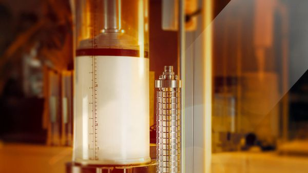 Process chromatography in the pharmaceuticals industry